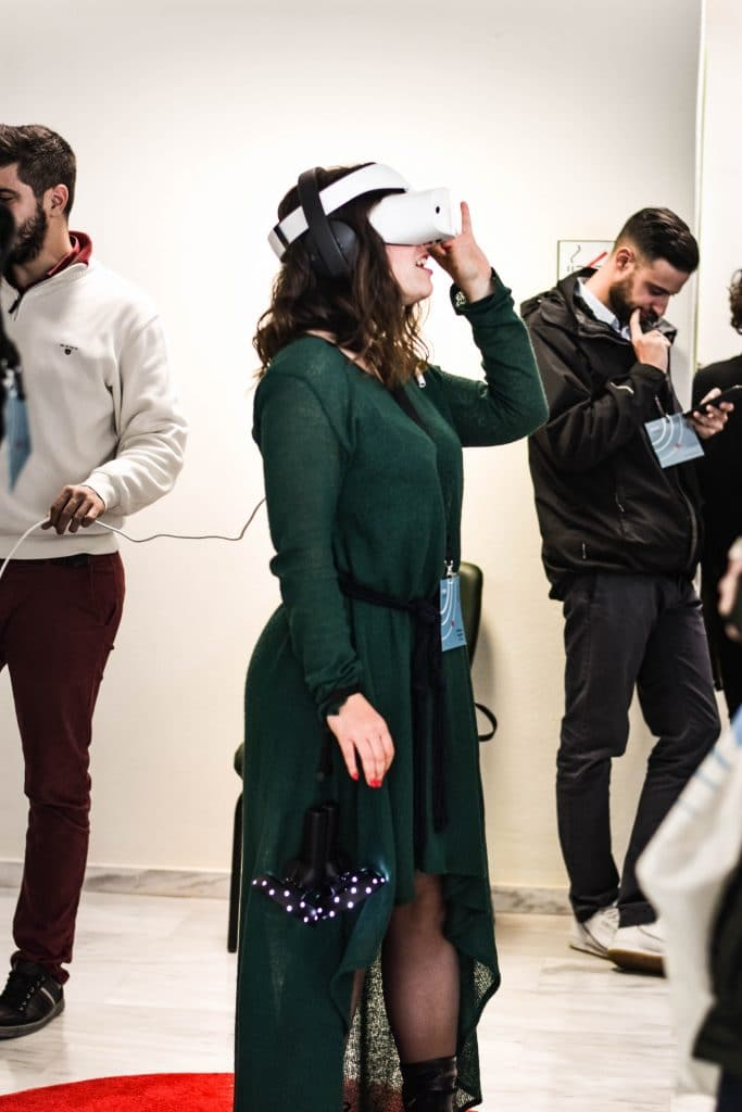exhibition booth idea- VR technology- Creative Digest International
